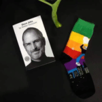 socksoho-elegant-quirky-men-socks-steve-jobs-edition-13872149463091_400x